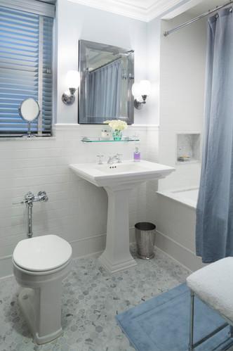 UES_bathroom_1.jpg