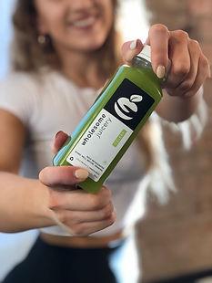 juice delivery uk - wholesome juicery - organic celery juice 100%