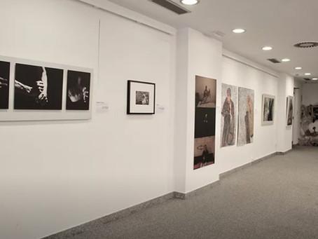 Exposición de Oscuridad Cristalina en España