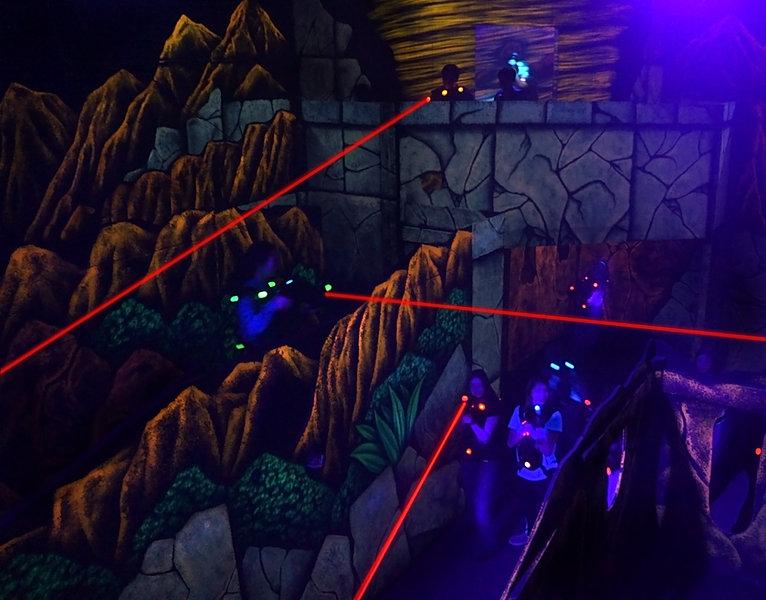 Αποτέλεσμα εικόνας για laser tag in movies