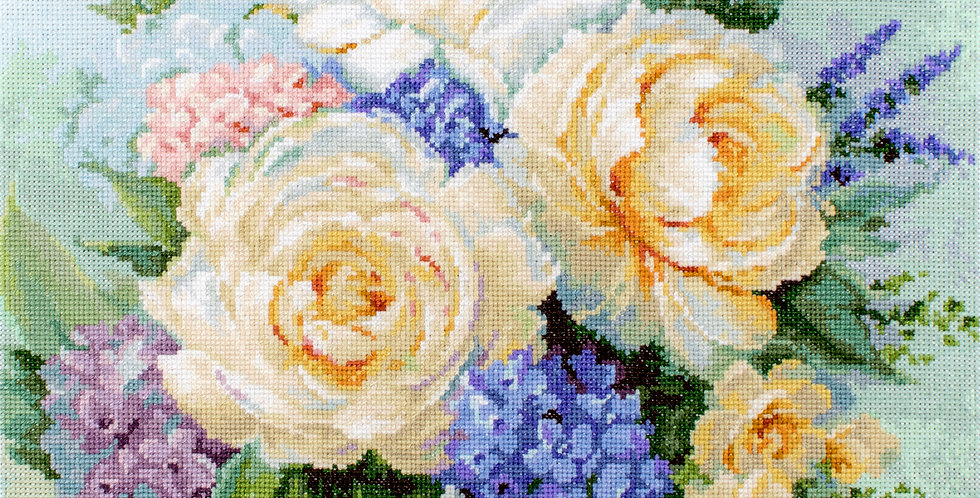 B2370 Floral Bouquet - Cross Stitch Kit Luca-S