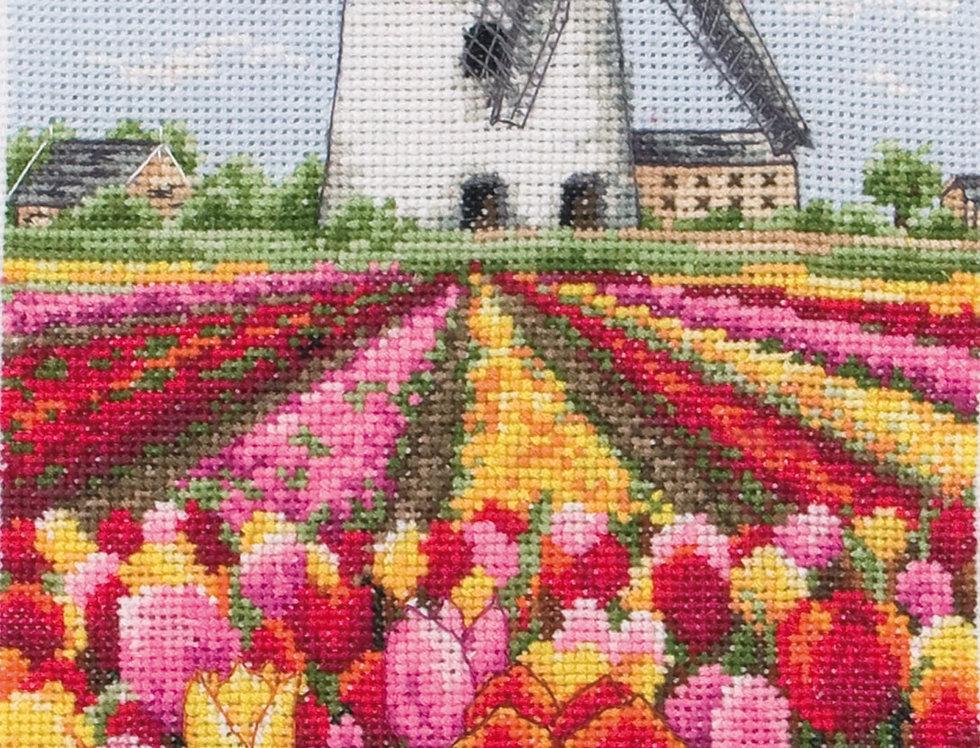 Anchor Essentials Cross Stitch Kit - Dutch Tulips