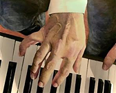 keyboard player 32x40.png