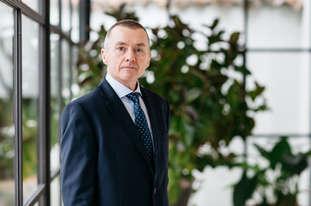 Headshot & Corporate Portrait Photographer - Stuart Bailey - London UK