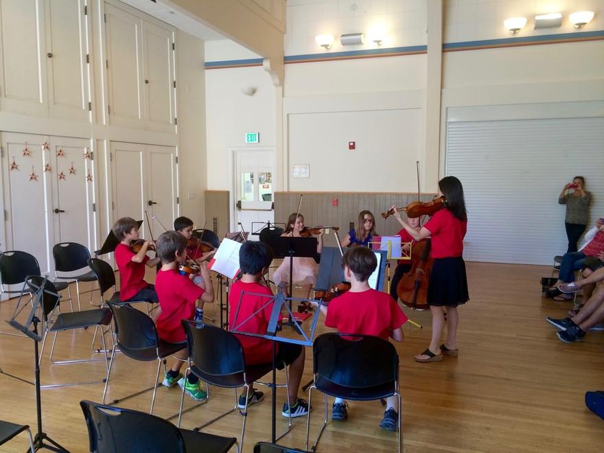 violin music lessons performance