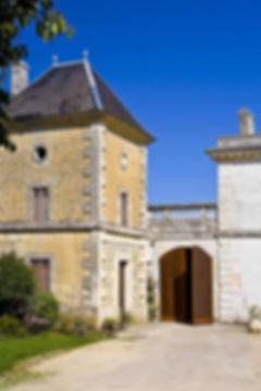 chateau-lacouture-2.jpg
