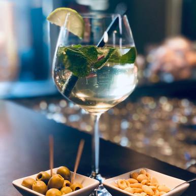 Hugo Cocktail.jpeg