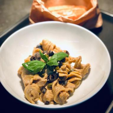 Fussiloni Crema Tonno, Caperi & Olive.jpeg