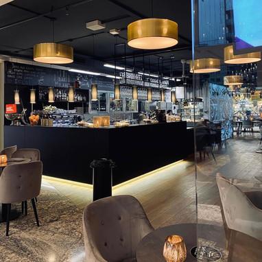 Bar Milano Inside.jpeg