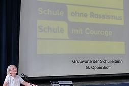 6. Grußworte der Schulleiterin G_edited.