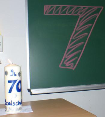 15. Kerze der Klasse 9b.jpg