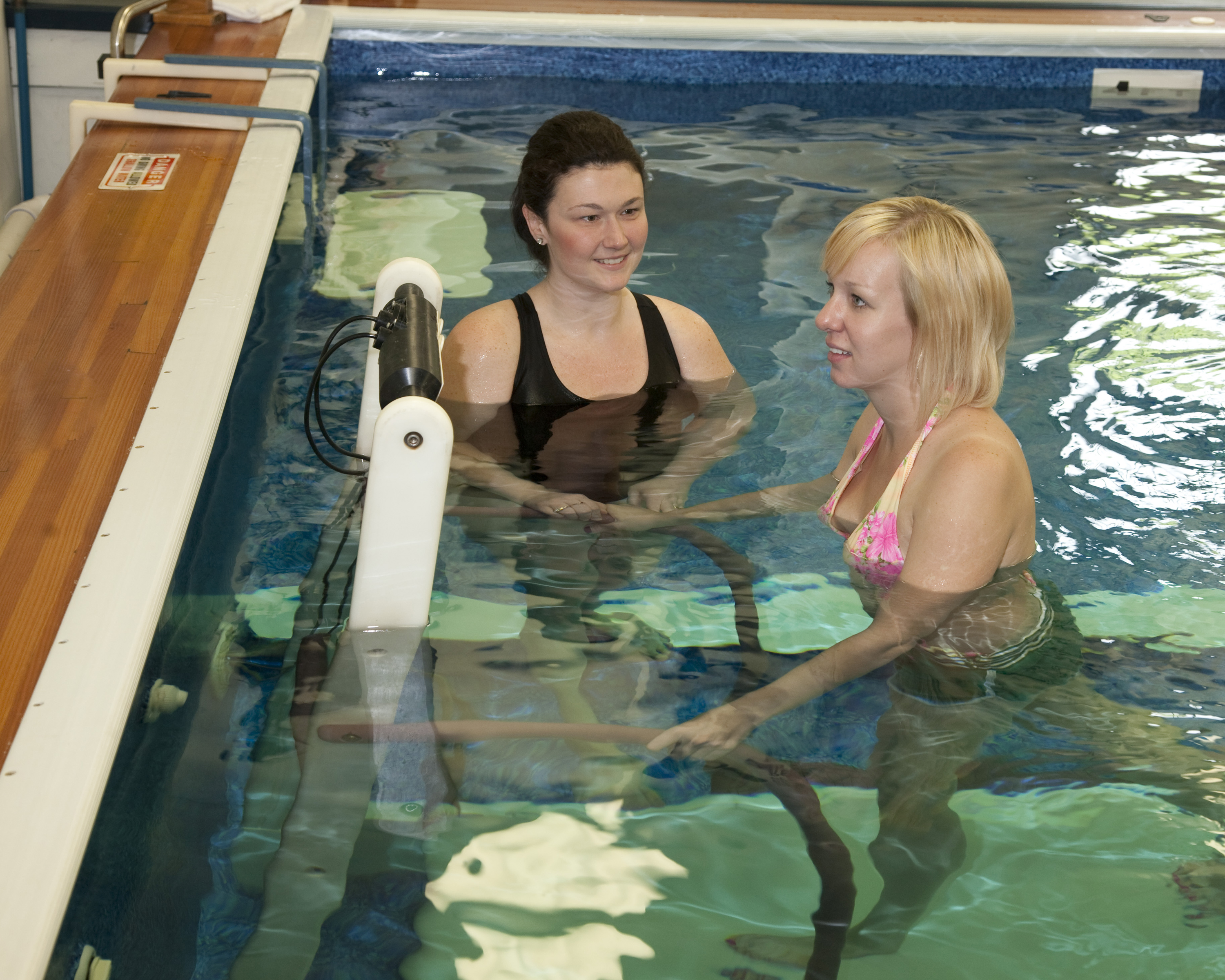 PPT-Aquatic-Therapy_06.jpg