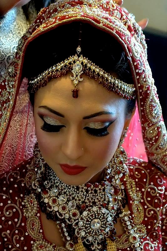 76f029 3929872f2de148e69a1900d47d3aa4cd.jpg srz 533 800 85 22 0.50 1.20 0 - Asian Wedding Bridal Outfits