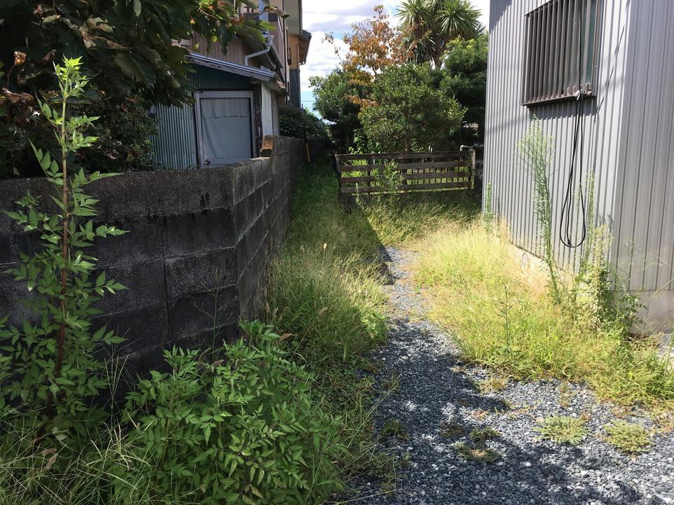 【草刈り 浜松市 東区】草むしり 雑草 管理 えにしプランニング 便利屋