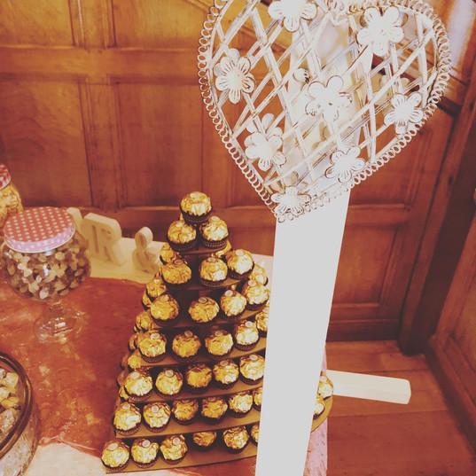 Sweet cart decor