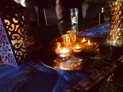 Indian centrepieces with lanterns and tealights