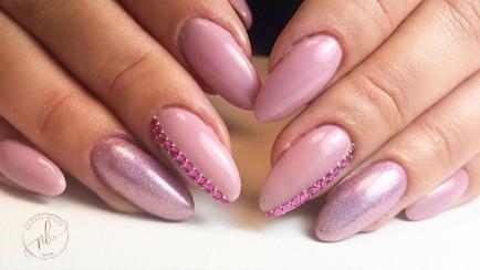 Natcare Beauty Pink Nails