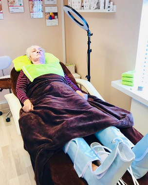 Natcare Beauty client pedicure
