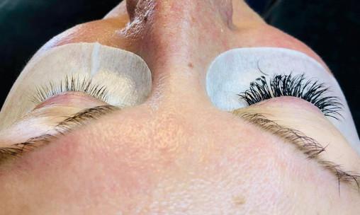 Natcare Beauty Lash extensions