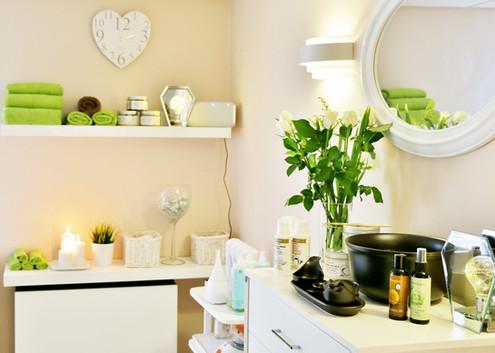 Natcare Beauty room