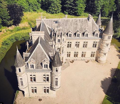 Chateau Bourneau_edited_edited_edited.jpg