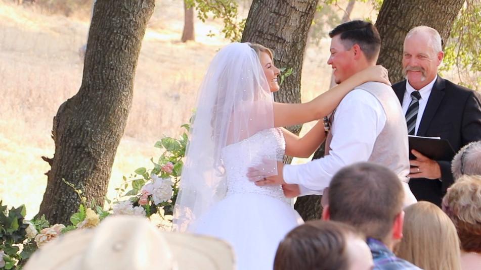 Amanda & Robert After Kiss