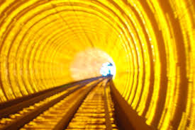 TRANSFORMATION SERIES : LIFE IN THE GOLDEN TUNNEL