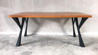 ליגאטו שולחנות יוקרתיים Ligato exclusive tables epoxy