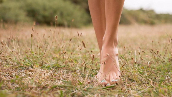 4 Basic Foot Care Tips For The Monsoons!