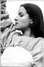 Photographer: Jérôme Pannetier Artistic direction: Anna Belyavina Normand Stylisme: Nathalie Brunel, Galerie Lyncée Make-Up Artist: Michaëla Daroussi Model: Alyson Vergnes Garments: Nicolas Rabier, Galerie Lyncée Jewellery: Anka Byanka Film director: Estelle Lefebvre