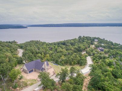 Stone Ridge panoramic lake views