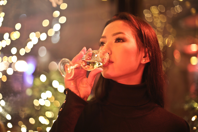 alcohol-bokeh-champagne-858475