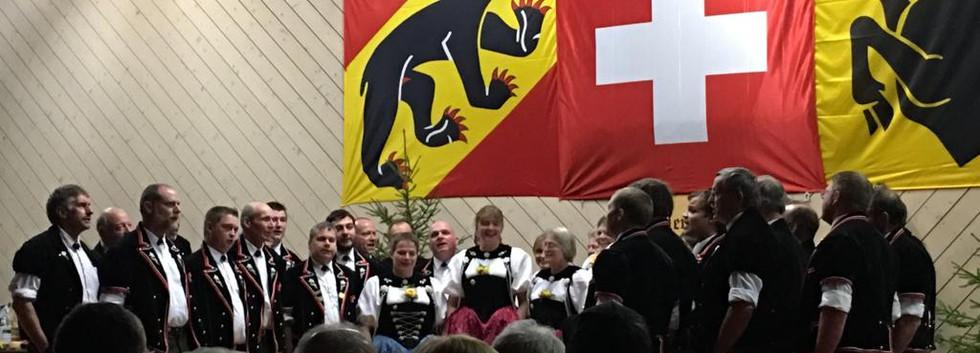 Gesamtchor Jodlerklub Unterseen und Jodlergruppe Wengen