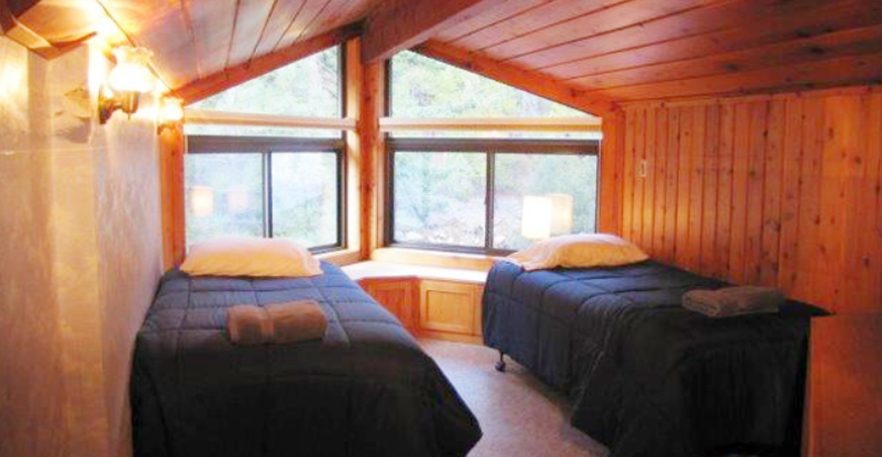 Yoga Retreat Cabin Room