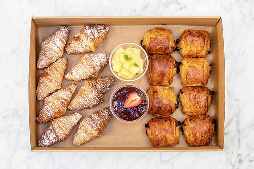 Plain & Chocolate Croissants Box | 16 pieces