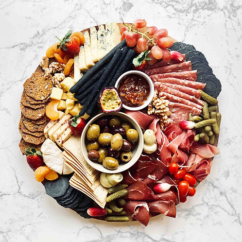 Cheese & charcuterie board | up to 15 pp