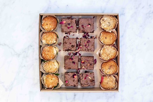 Muffins & Brownies Box | 18 pieces