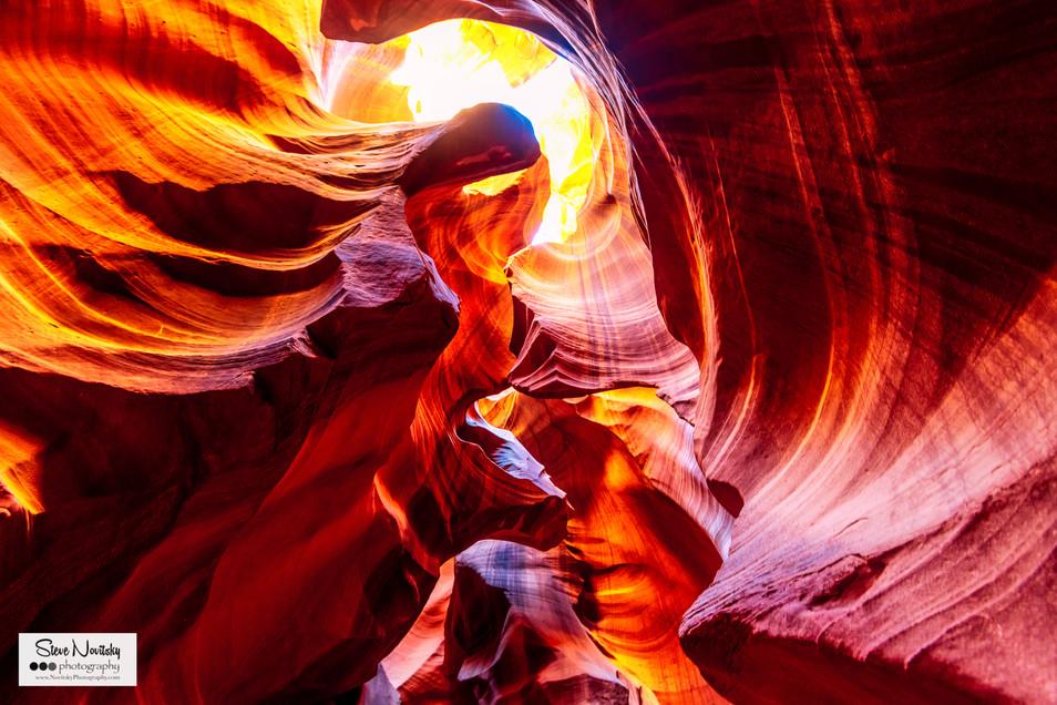 Utah-AntelopeCanyon-111.jpg