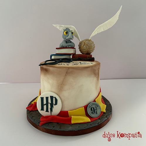 HIPPOGRIFF HP CAKE