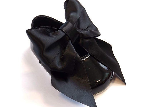 Black Soft Sole Shoe With Bow