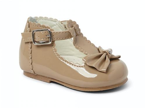 Sally Shoe In Camel