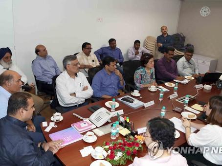 인도 뭄바이 비엔날레 주 정부 방문