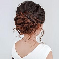Wonderful-Bridesmaid-Updo-Hairstyles-005