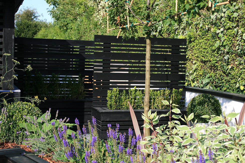 tgd grantham garden design timber screen