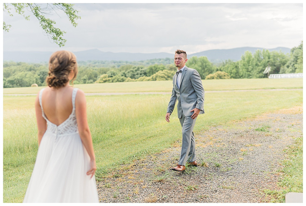 Virginia Wedding Photography, Best of 2019, Austin & Austin Photography, braeloch, Roanoke VA, first look