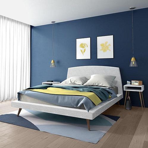 AMISCO Bedroom Whitney Queen size cosmopolitan bed