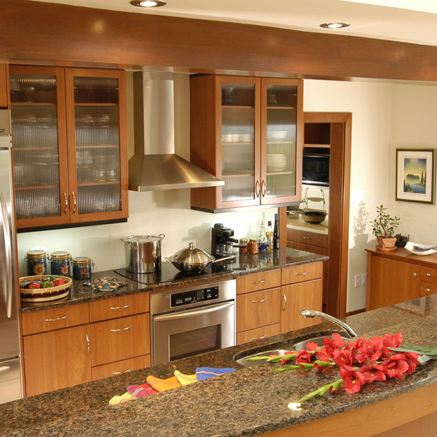 triangle kitchen 2.jpg