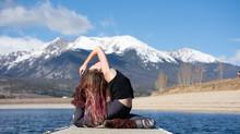 Preciso ser flexível para praticar yoga?