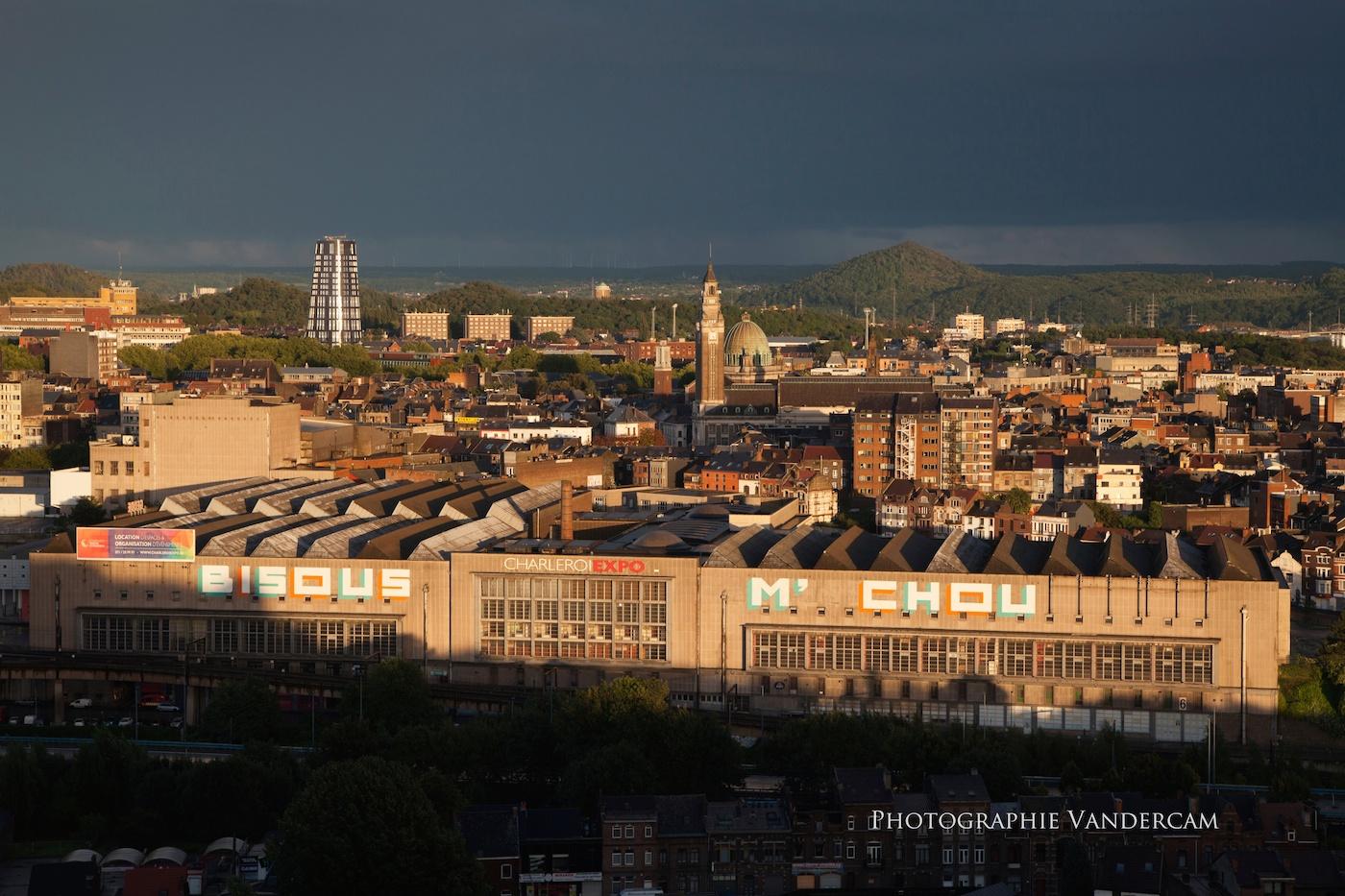 Ciel sombre sur Charleroi