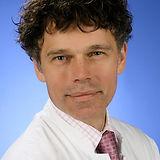 Prof.-Dr.-Stefan-W.-Schneider.jpeg